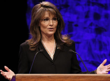 Sarah Palin Reaches Out To The Mama Grizzlies