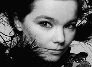 New Release Review: Björk – Biophilia