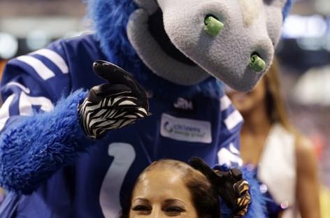 Colts Cheerleaders – #CHUCKSTRONG