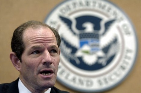 Eliot Spitzer Comeback May Cost Marriage