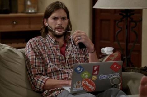 10 Famous Celebs Who Are Internet Geeks